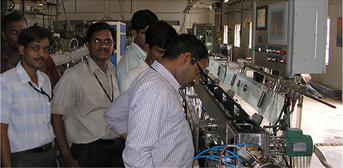 הקמת מחלקה לתכנון ובניית קווי ייצור לשלוחות טפטוף עבור מפעלים בחו